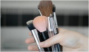 makeup-štetce-ilustr