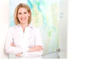 mudr.kollarikova-dermatolog-interklinik-